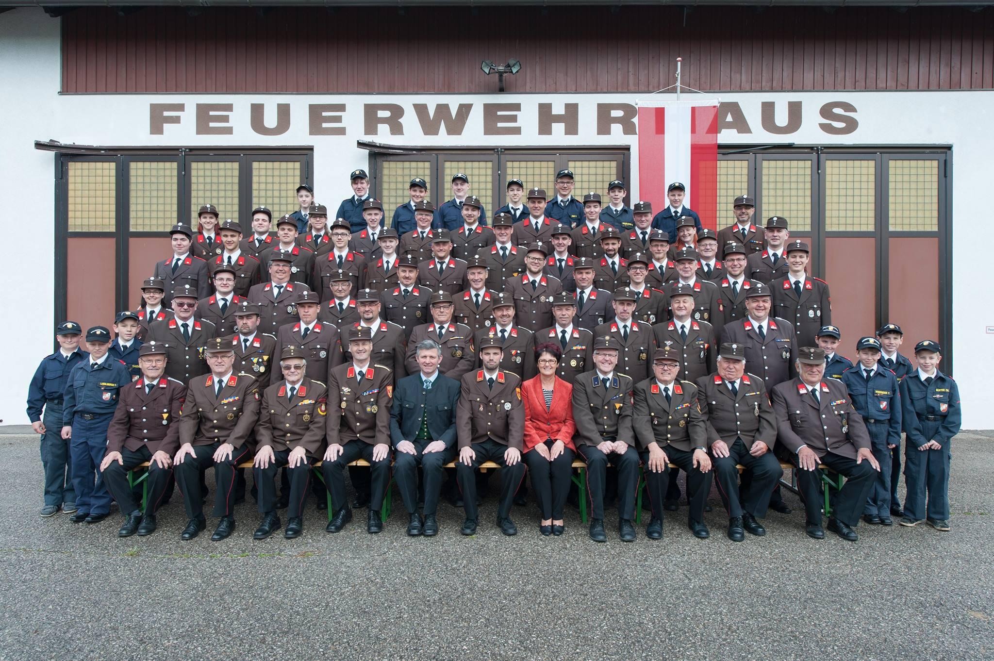 Mannschaft der FF Petzenkirchen Bergland 2018