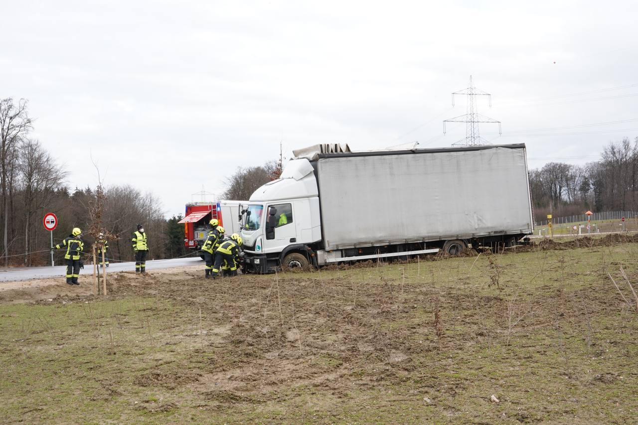 Fahrzeugbergung B25 Umfahrung-Wieselburg