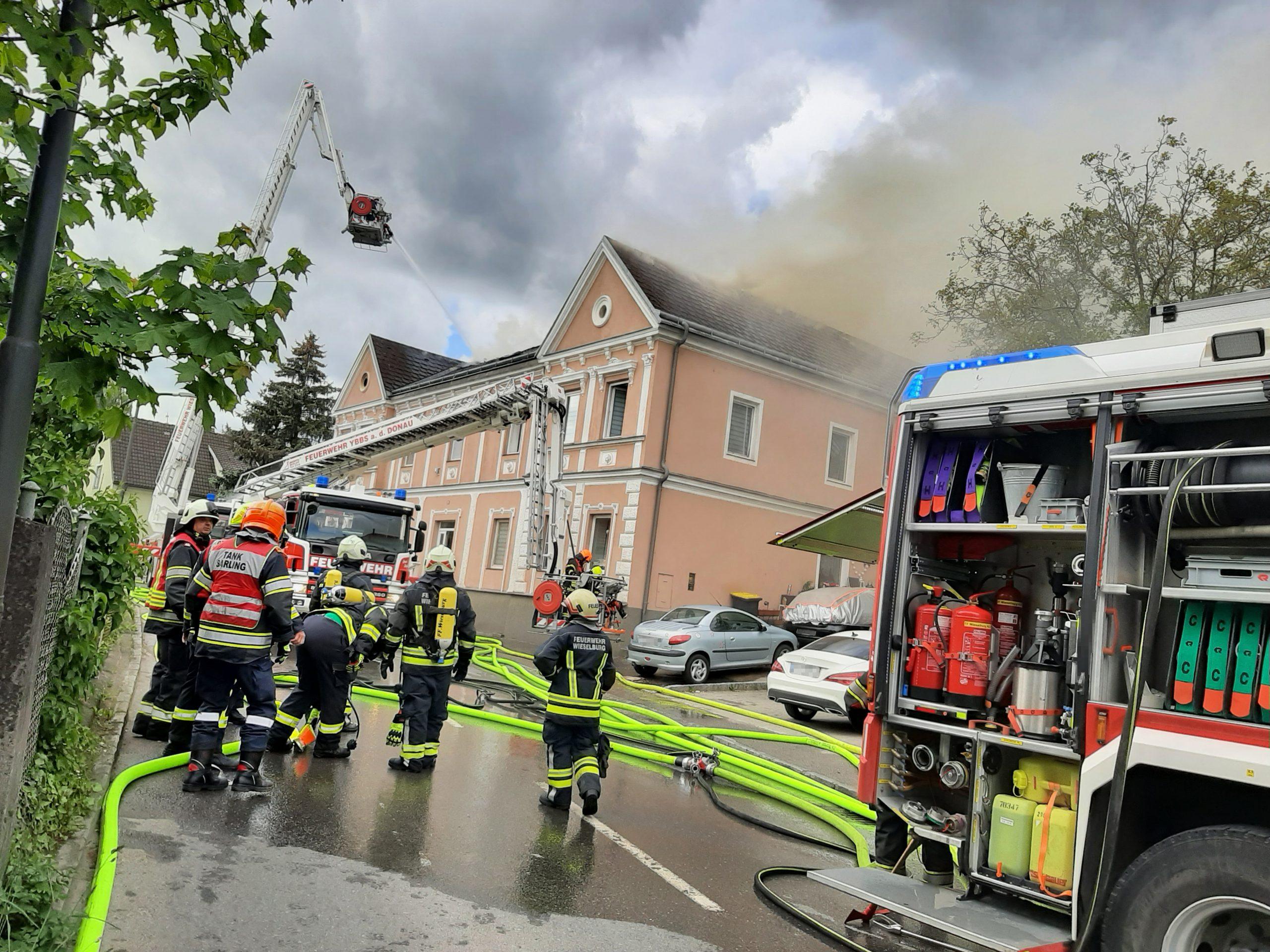 Wohnhausbrand in Petzenkirchen